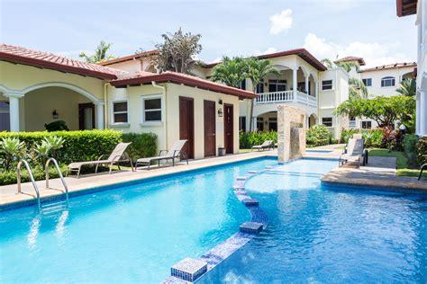 Costa Rica Beach Houses and Condos