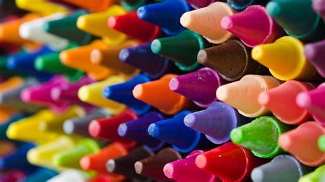 Crayola s new color name Bluetiful draws criticism CNN