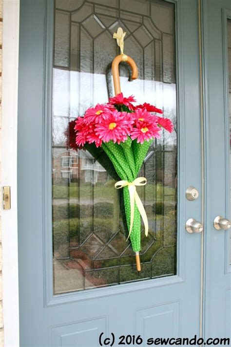 Creative Christmas Front Door Decor One Good Thing by Jillee