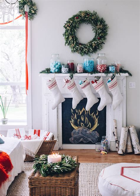 Creative Christmas Tree Themes Better Homes and Gardens