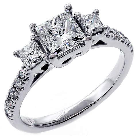 Diamonds, Engagement Rings, Diamond Jewelry - Buy Diamonds