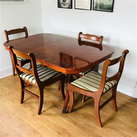 Dining Tables Fine Reproduction Furniture Yew