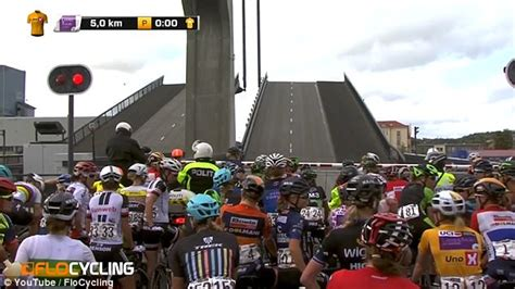 Draw bridge affects women s cycling race in Norway Daily