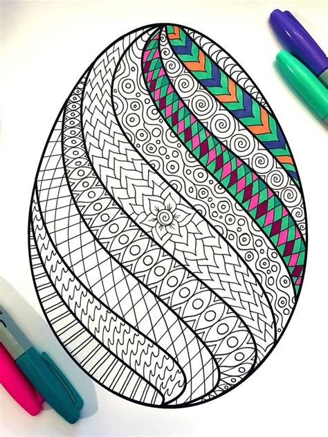 Draw the details on the Easter coloring pages