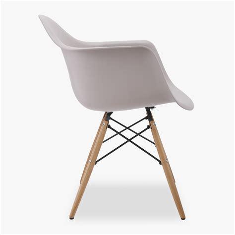 Eames Chair DSW Charles Eames Chair Replica VOGA