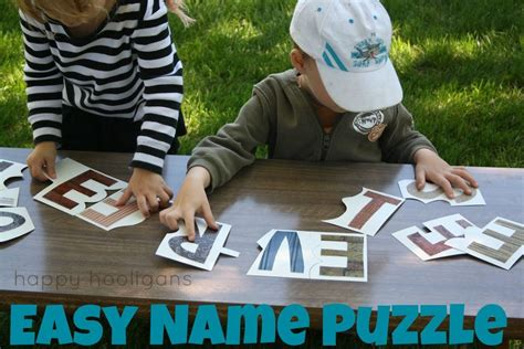 Easy Homemade Name Puzzle to teach your child how to spell