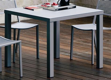 Easy Square Garden Table Modern Garden Furniture