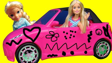 Elsa and Anna toddlers DRAW on Barbie s NEW Car Does