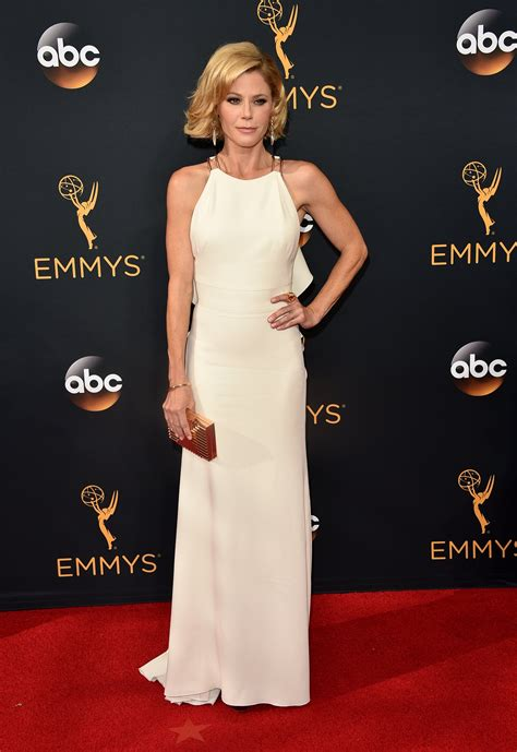 Emmy Awards 2016 Fashion Live From the Red Carpet