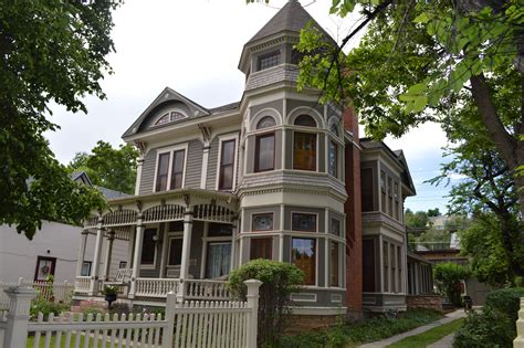 FAQs New Home Construction in Boulder Colorado