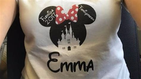 Family turned away from Airport lounge for wearing Minnie