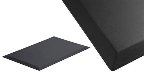 Five Best Standing Desk Floor Mats lifehacker