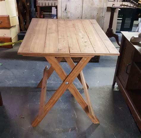 Folding Pine Table favefaves