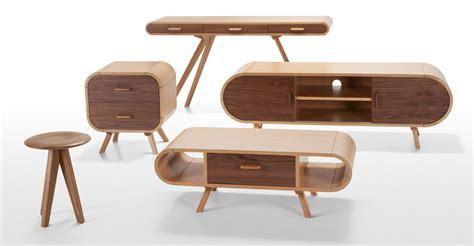 Fonteyn Coffee Table in oak and walnut made