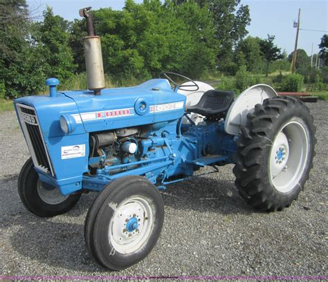 1971 ford 2000 tractor wiring diagram images ford 2000 3000 tractors vintage tractor spares