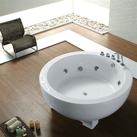 Freestanding soaking tubs in the USA Luxury Freestanding
