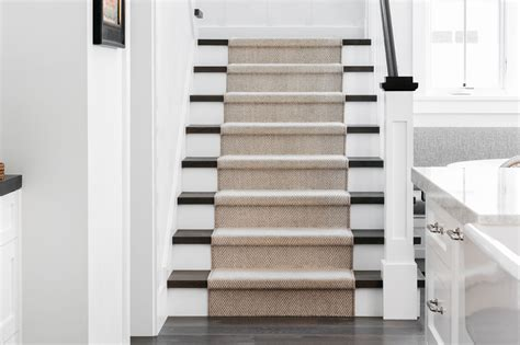 Guide to Choosing a Carpet Runner for Stairs The Spruce