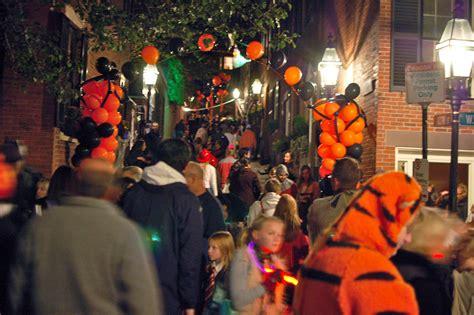 Halloween in Boston Boston Discovery Guide