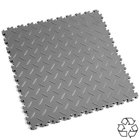 Heavy Duty Interlocking Floor Tiles MotoLock from Mototile