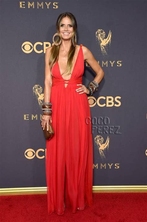 Heidi Klum Gives Good Cleavage On The Emmys Red Carpet