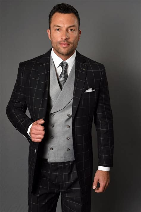 High Fashion Mens 3 Piece and Vested Suits