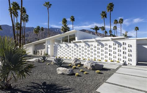 Home Tour A Midcentury Modern House in Los Angeles