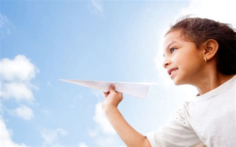 How Far Can a Paper Airplane Fly Wonderopolis