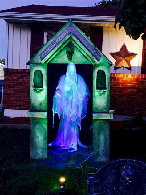 How To Halloween Yard haunting decorations and home