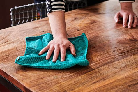 How to Clean Wooden Dining Tables HowtoCleanStuff