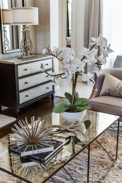How to Create a Pretty and Functional Coffee Table Display