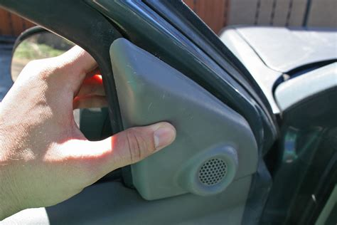 How to Fix a Power Window on Vehicles It Still Runs