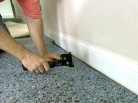How to Install Wall to Wall Carpeting how tos DIY