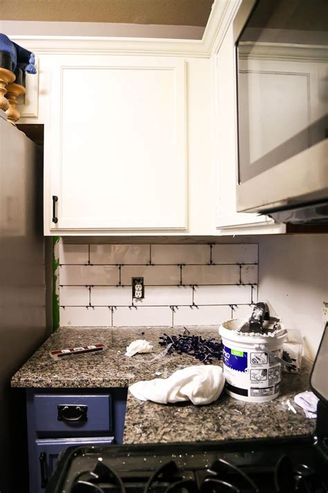 How to Install a Subway Tile Kitchen Backsplash Homedit