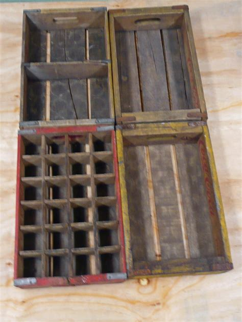 How to Make a Table Using Old Wood Soda Crates DIY