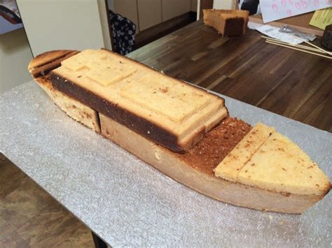 How to Make a Titanic Birthday Cake Hotly Spiced