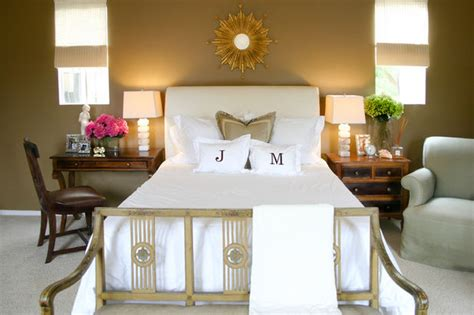 How to Pull Off Mismatched Nightstands Houzz