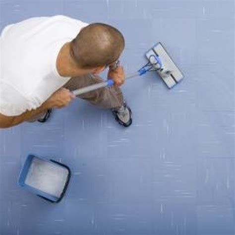 How to Remove Carpet Glue From Concrete Floor Hunker