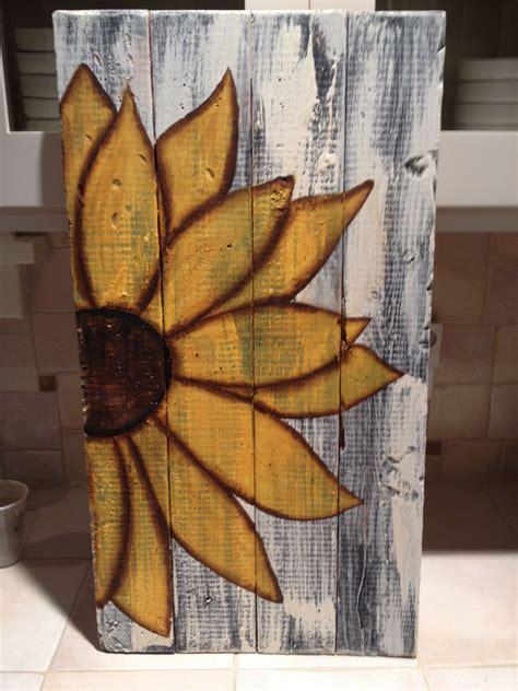 Ideas for Painting a Wooden Pallet 99 Pallets