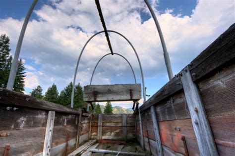 Inside A Covered Wagon stock photo 172929574 iStock