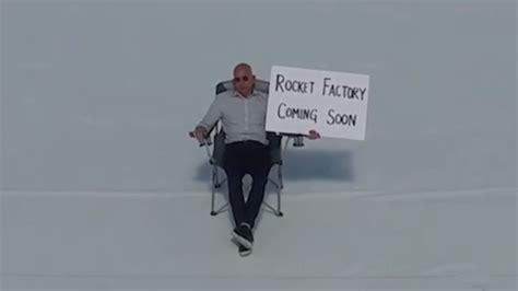 Jeff Bezos in Instagram Debut I Am Fun Updated