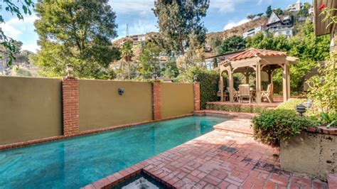 Jeff Lewis of Flipping Out Buys Sunset Variety