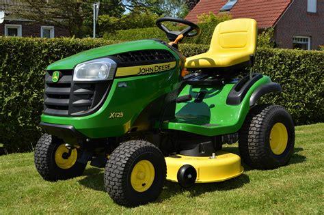 John Deere Lawn Mowers Tractor Review
