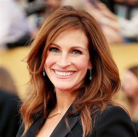 Julia Roberts s Changing Looks InStyle