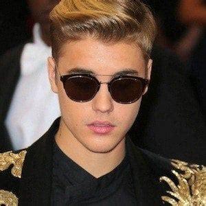 Justin Bieber Bio Facts Family Famous Birthdays