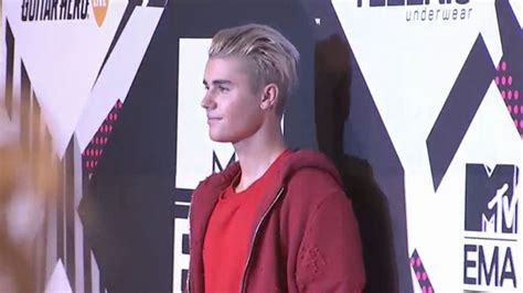 Justin Bieber Videos at ABC News Video Archive at abcnews