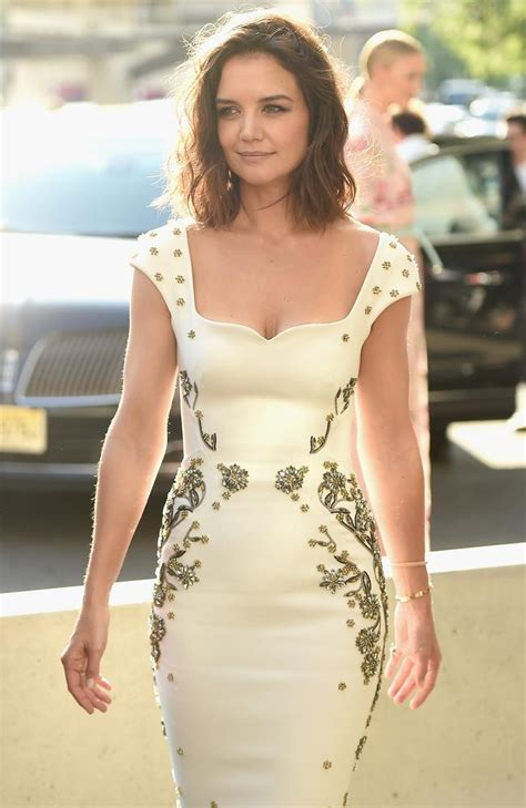 Katie Holmes glows at the 2017 Fragrance Foundation Awards