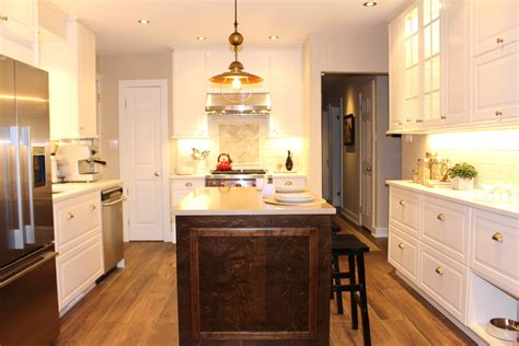 Kitchen cabinets and countertops in Montreal NC Design