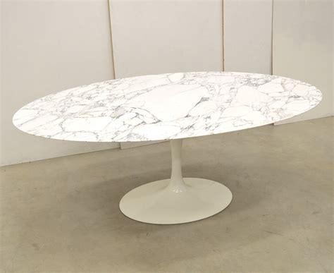 Knoll Saarinen Oval Dining Table 2Modern