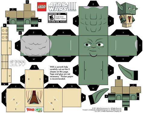 LEGO Yoda Cubeecraft Free Papercraft Toys