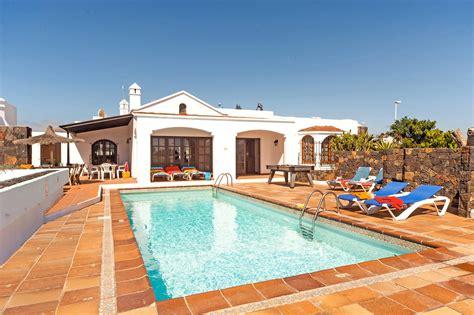 Lanzarote Leisure Villas Luxury villa Puerto del Carmen